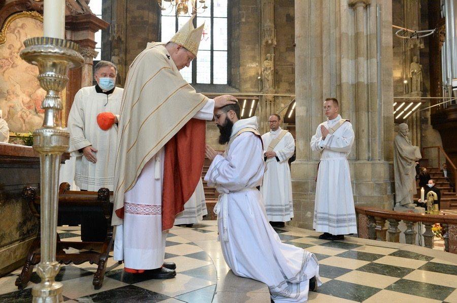 Priesterweihe, Kardinal Christoph Schönborn: NN